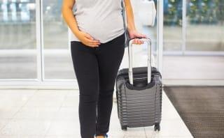 Checkliste: Bequem Reisen während der Schwangerschaft