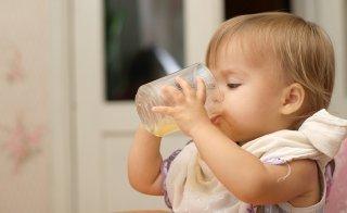 Getränke fürs Baby nach der Muttermilch