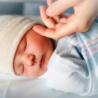 8 goldene Regeln für den Babybesuch