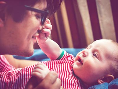 Wie sich der Geruchssinn des Babys entwickelt