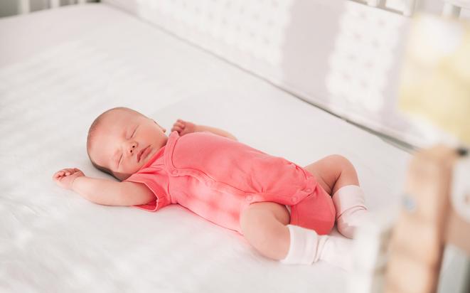 Babys Schlaf: So lange schlafen die Kleinen.