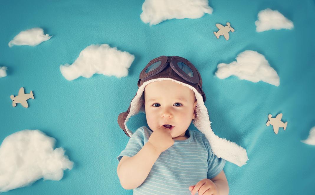 Fliegen mit Baby - So geht's entspannt in den Urlaub