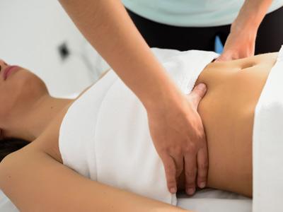 Durch eine Fruchtbarkeitsmassage die Chance schwanger zu werden, erhöhen.