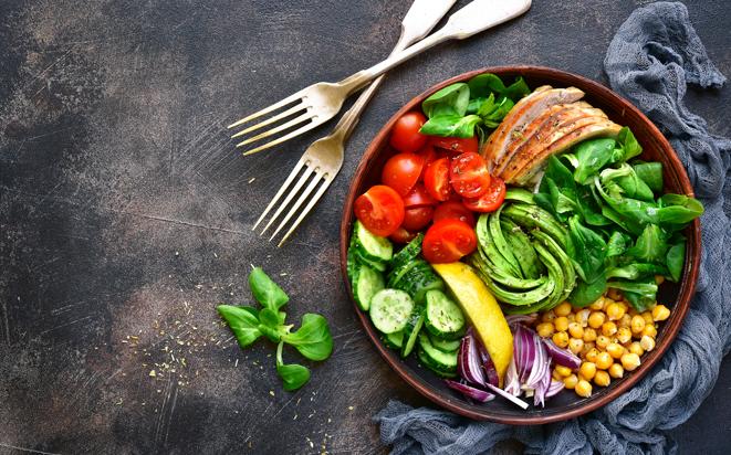 Gesunde Ernährung hilft die Fruchtbarkeit zu erhöhen.