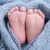 Quiz: Welche Besonderheiten haben Neugeborene?