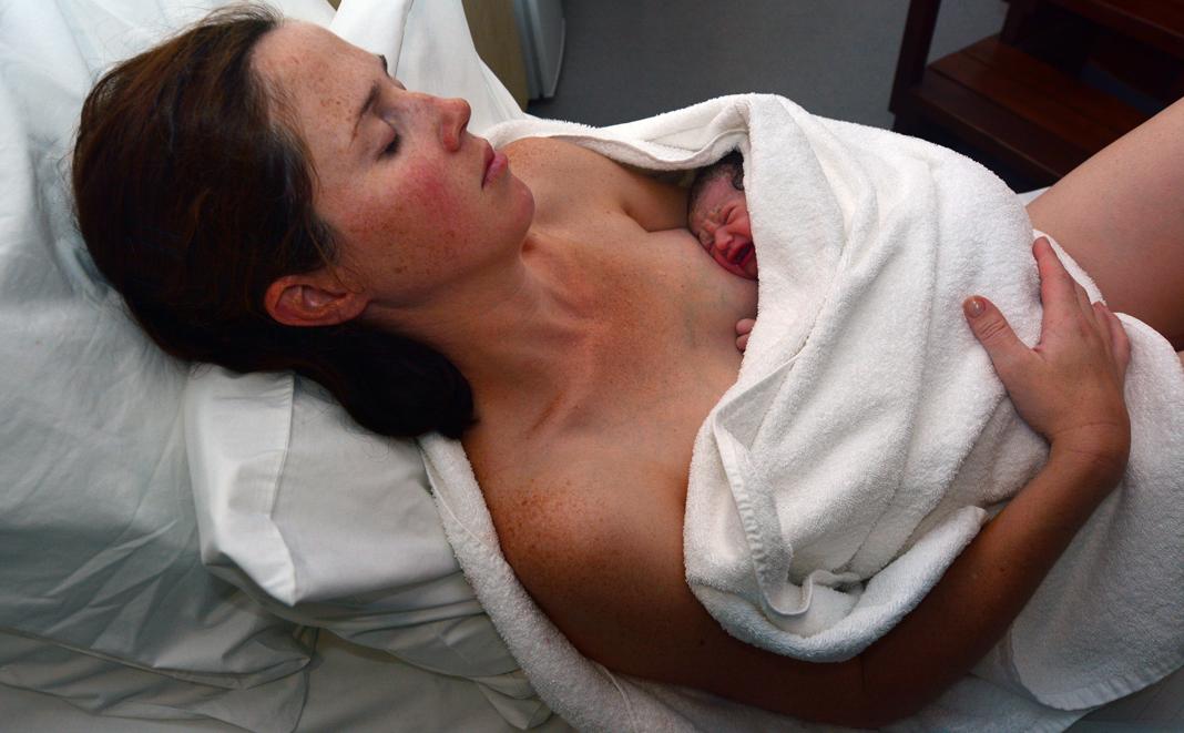 Wo entbinden – Geburtsklinik oder zu Hause?