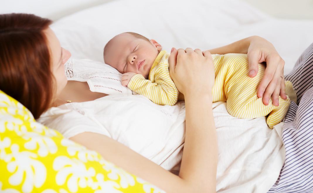 Wie das Wochenbett nach einem Kaiserschnitt verläuft