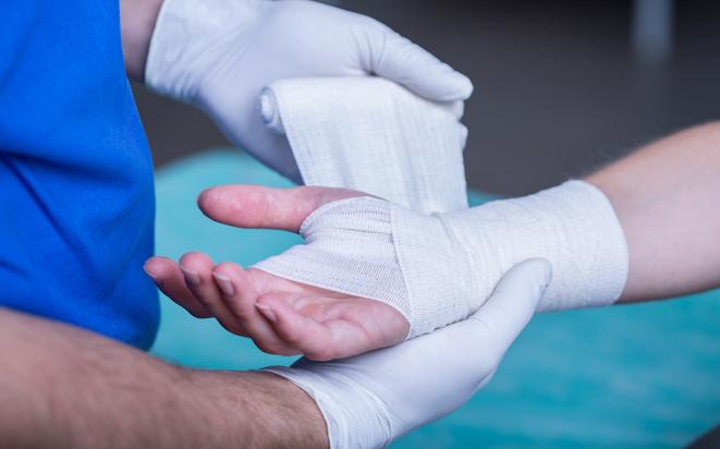 Karpaltunnelsyndrom: Taube Hände in der Schwangerschaft.